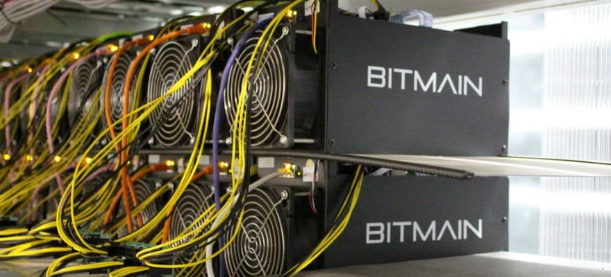 Ant miner the most efficient bitcoin mining machine?